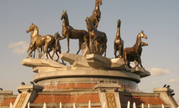 Monument of ten Akhal-Teke horses